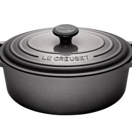 Le Creuset 4.7 L Oval French Oven, Oyster