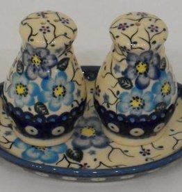 Polish Pottery Salt & Pepper Shakers, Round, Blue Flowers & Vines