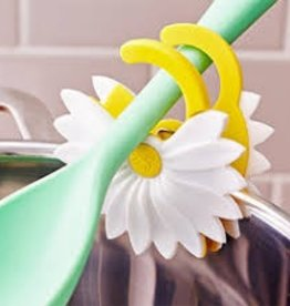 Kitchen Innovations Daisy clip to pan spoon rest 18/cdu