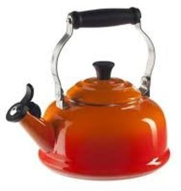 Le Creuset 1.7 L Classic Whistling Kettle, Flame