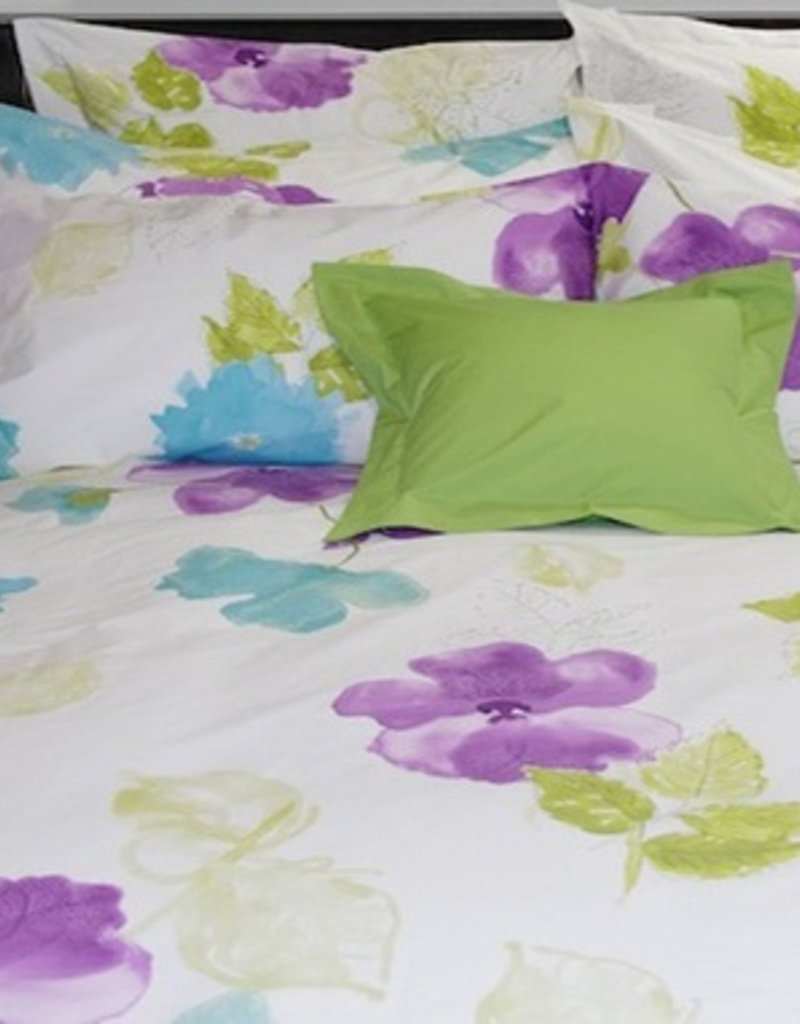Cuddle-Down Clematis Duvet Cover Set w/Shams Queen