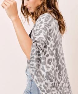 Lola Leopard Kimono