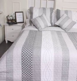 New New Horizons Hayden Quilt Set - Queen