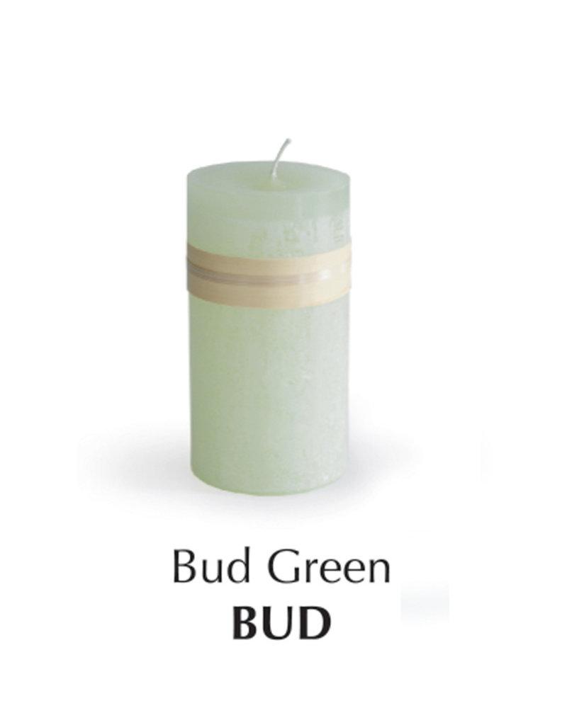 Vance Kitira Timber Candle 4 x 4 - Bud Green