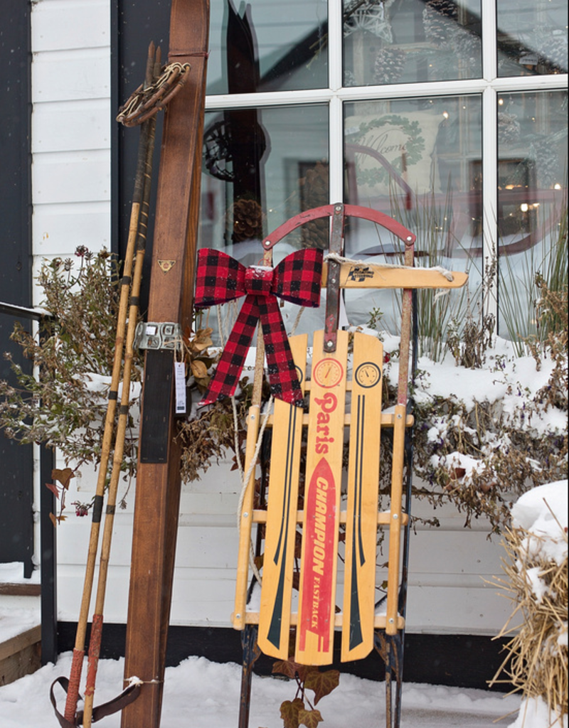(custom) Antique Skis
