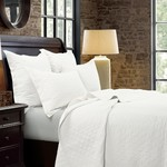HiEnd Accents Vintage White Diamond Linen Quilt Set - Queen