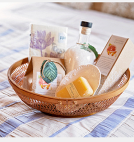 "Mother's Day Gift Basket ""Pamper"""
