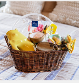 "Mother's Day Gift Basket ""Summer Entertaining"""