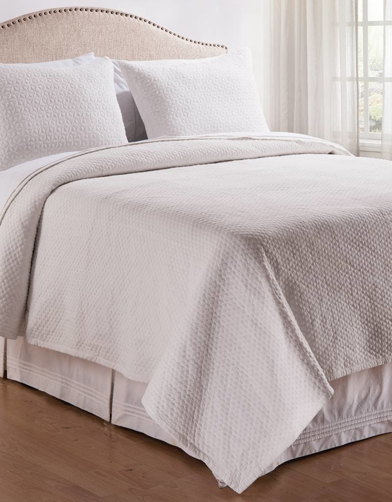 C&F Enterprises Manchester White Queen Quilt Set