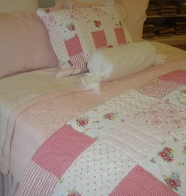 New New Horizons Hanky King Quilt and Shams