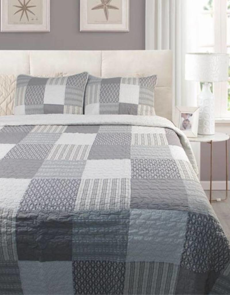 New New Horizons Monon King Quilt and Shams