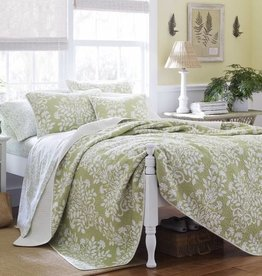 New New Horizons Adela Green Queen Quilt
