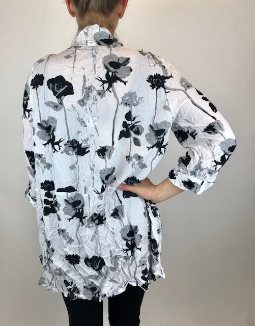 COMFY Comfy Black Flower Tunic CD142P