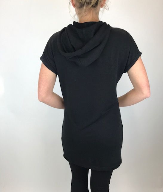ISLE Isle Black Hood Top 425-10290
