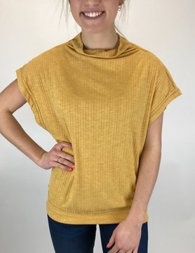 Hem & Thread Hem & Thread Mock Neck Rib S/L Mustard