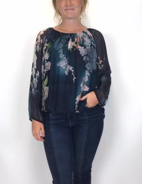 M Made In Italy M Made In Italy Floral Flow Top Navy Combo