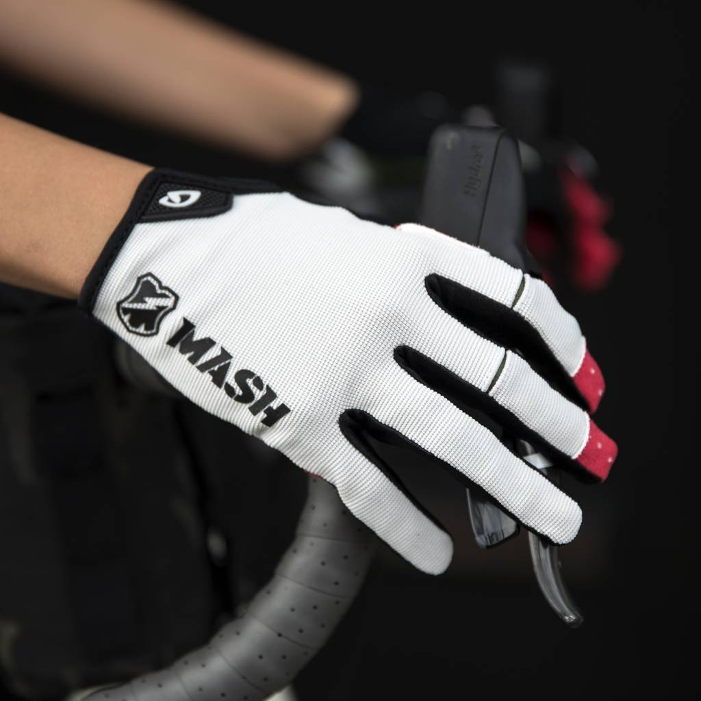 MASH WHT DND Gloves