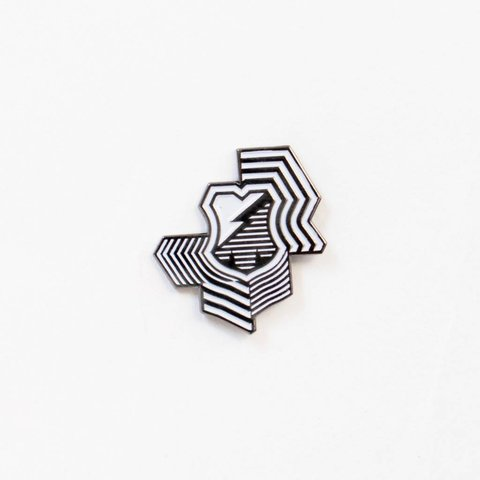MASH Illusion Pin