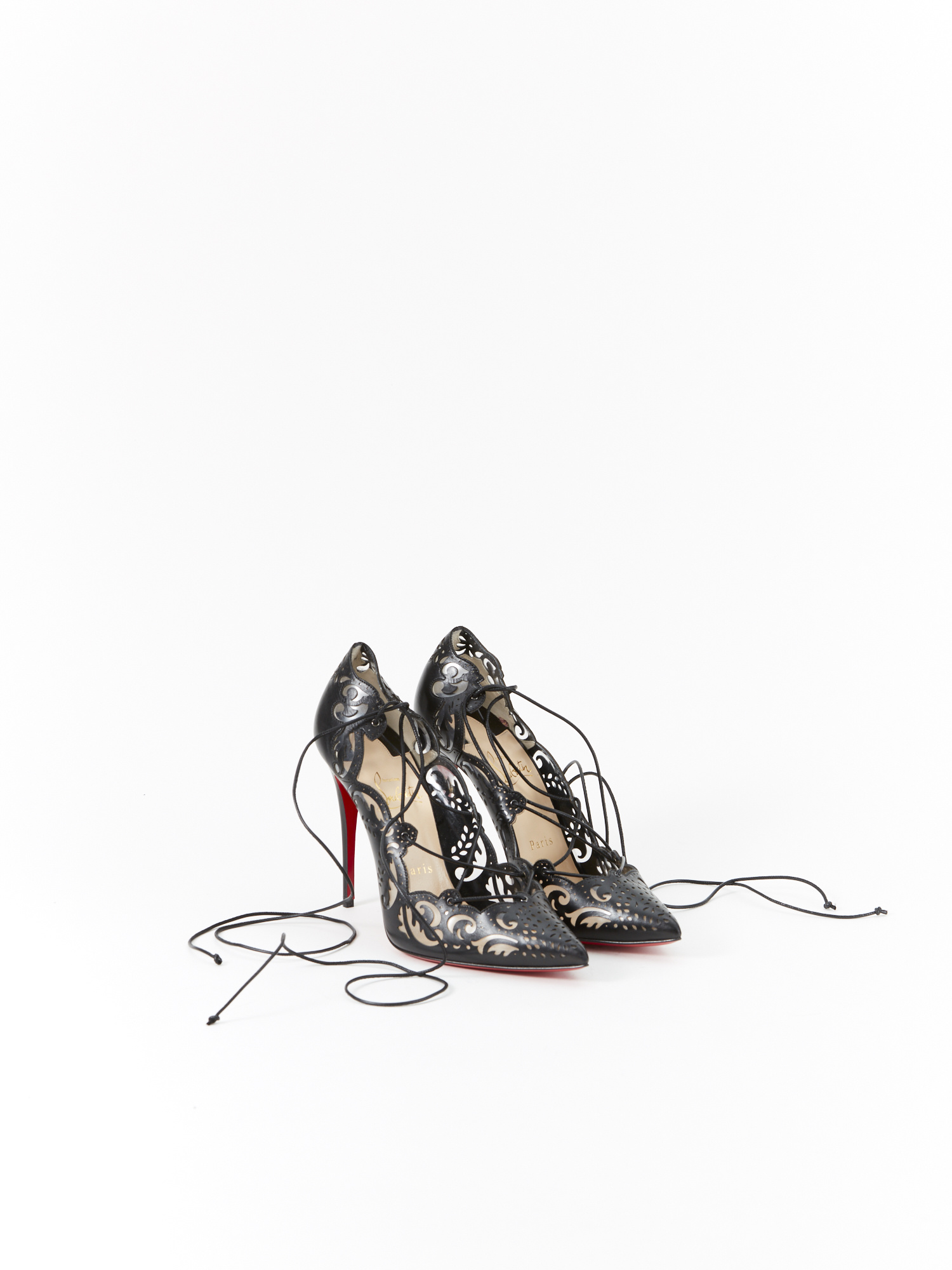 sports shoes 3060e db585 Christian Louboutin Lace Pumps | RUSE
