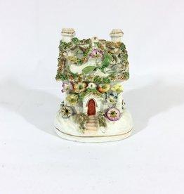 Vintage Petitie Staffordshire Flower Cottage