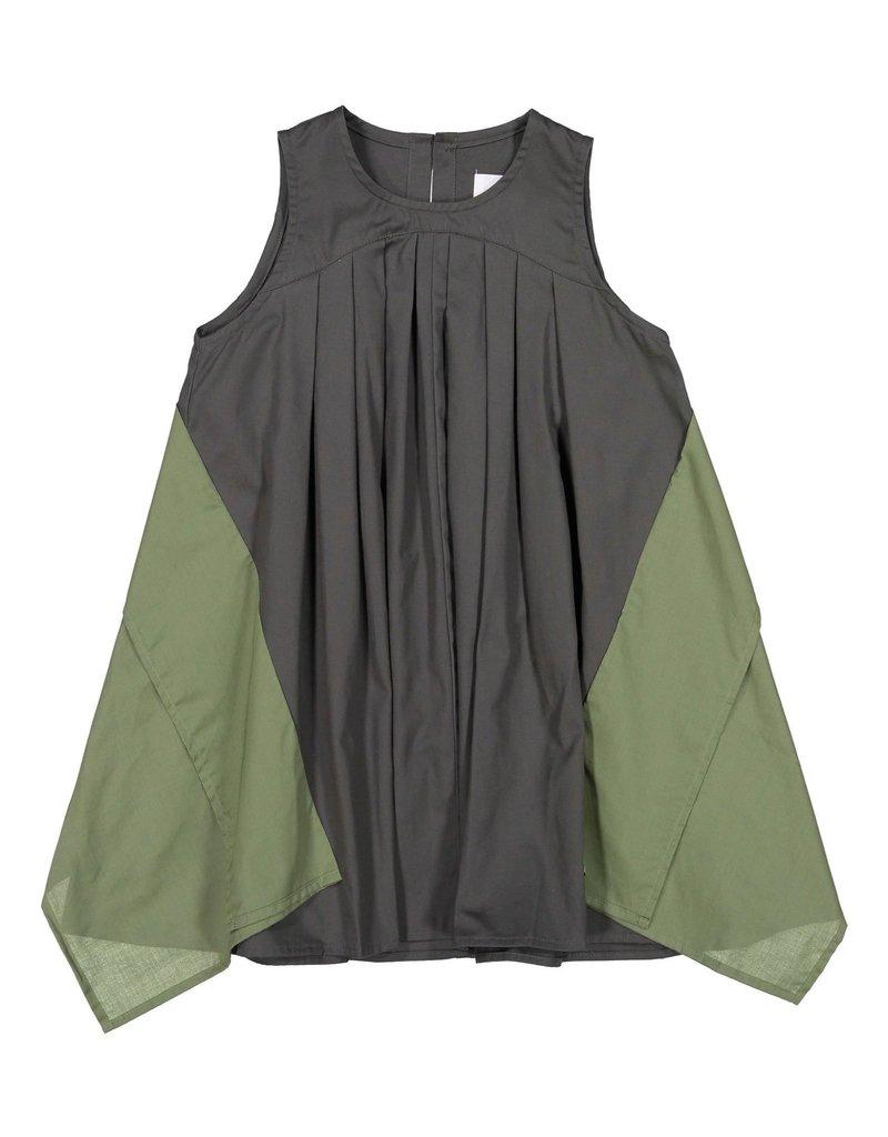 Nuiya Nunuforme  charcoal dress