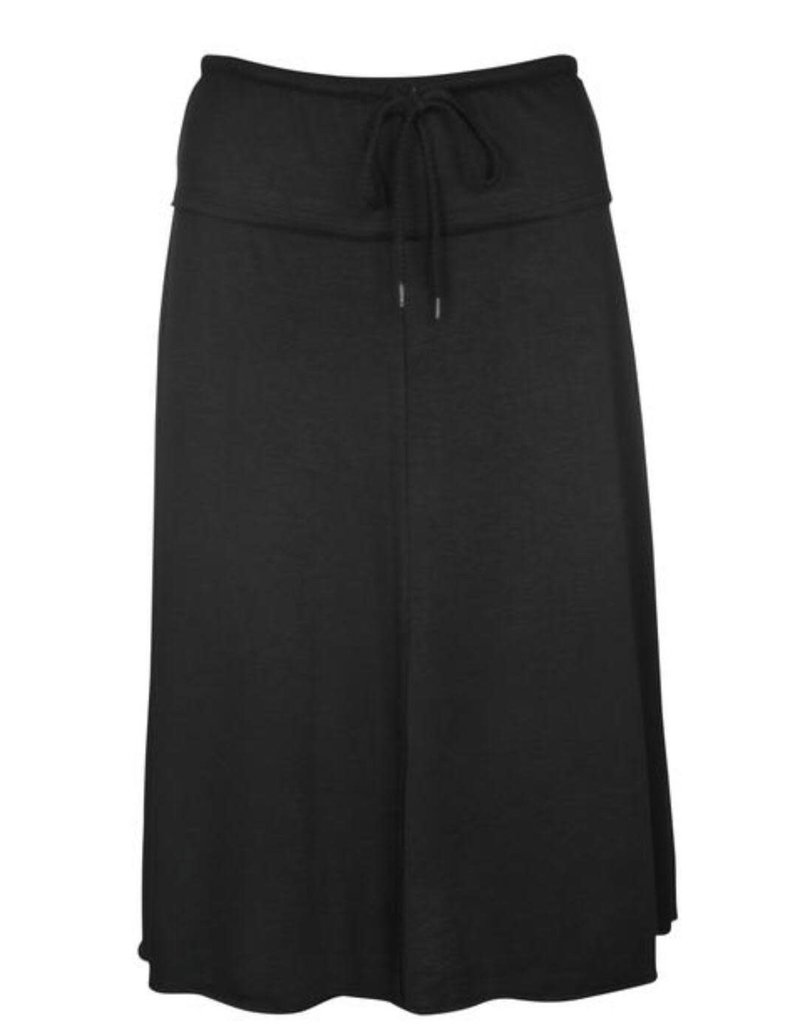 Junee Junee Hana Skirt Short Black