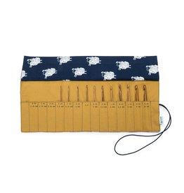 Della Q - Crochet Roll - Sheep/Gold Cotton