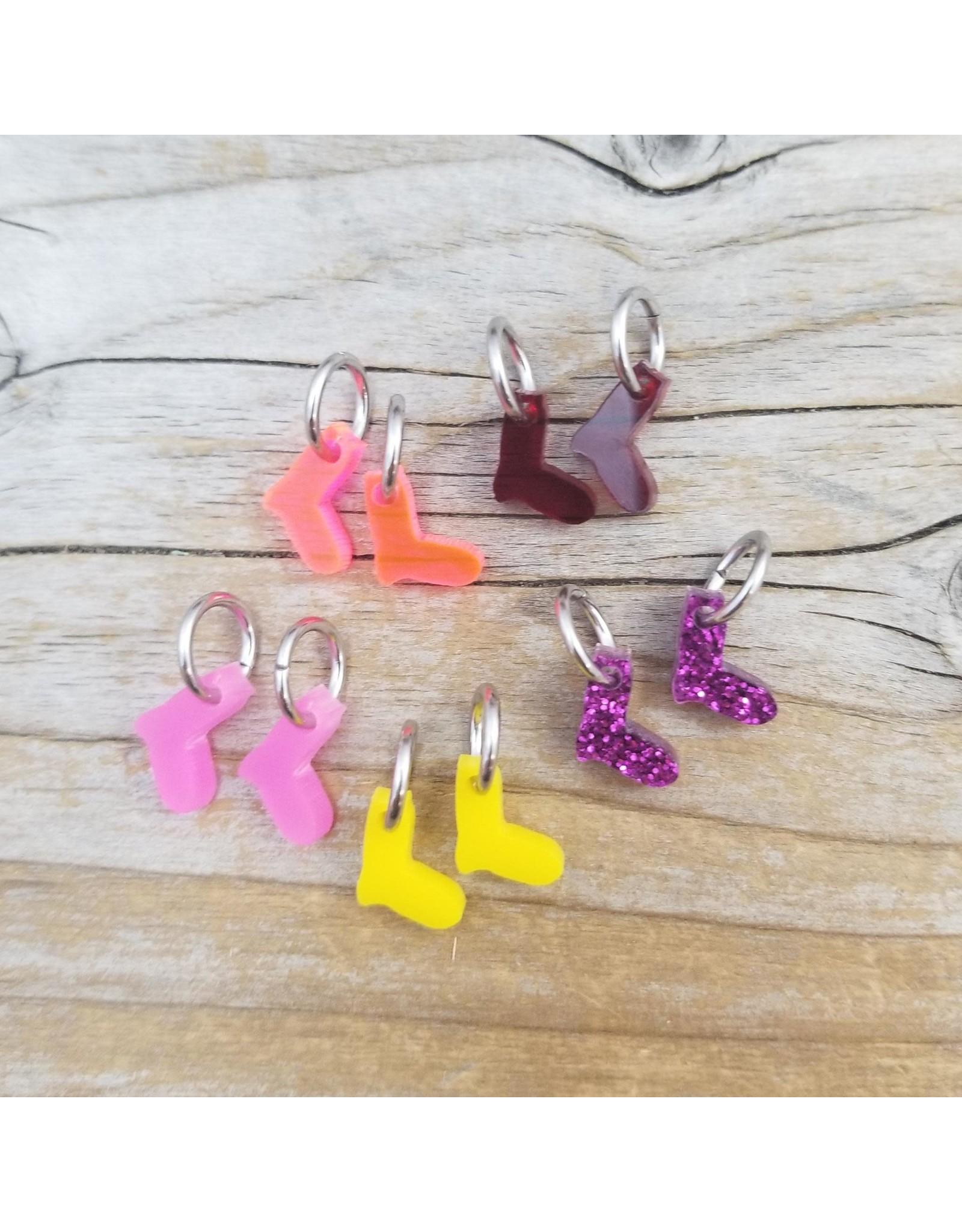 Tiny Sock Stitch Ring Marker Set (Pinks) by Katrinkles