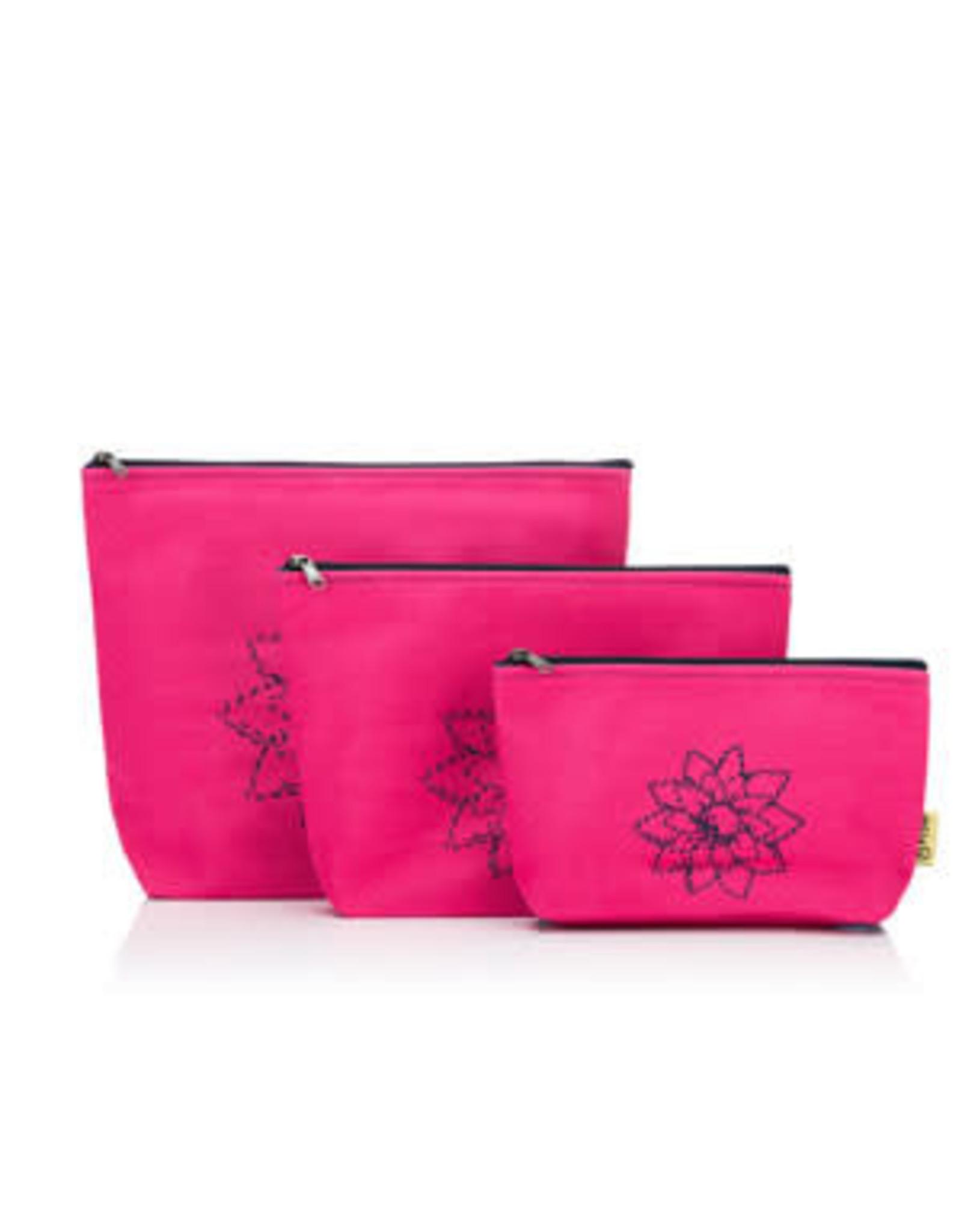 Della Q - Mesh + Zip Collection - Fuchsia Linen Brights