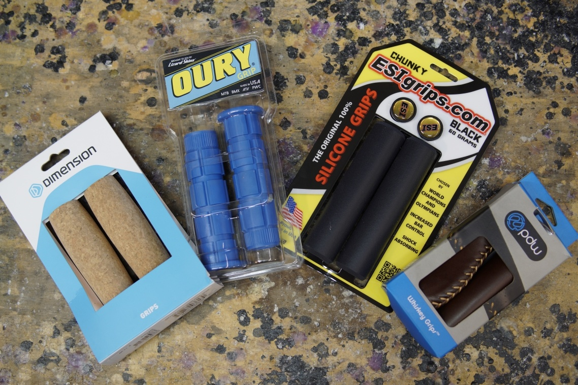 Multicolor handlebar grips and bar tape