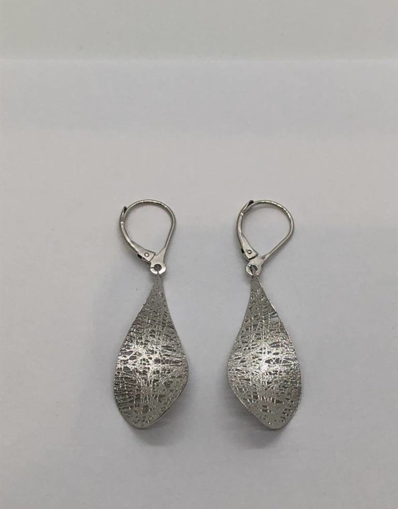 14 Karat White Gold Drop Earrings