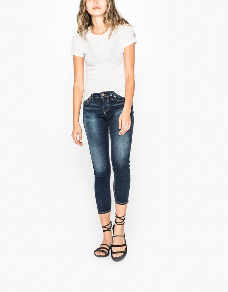 Silver Jeans Co. SUKI Skinny Crop Jeans<br /> The ultimate curve-flattering jean, Suki features a comfortable mid rise and relaxed fit through the hip and thigh. Made with Silver's innovative Denimotion fabric, it&#039;s guaranteed to fit like the first time, every