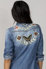 Miss Me Vintage Sweet Destiny Denim Top Embroidered<br /> Created your destiny in this denim top styled with studded trim, embroidered flowers and butterflies, snap button closure, studded flap pockets, and curved hem.<br /> <br /> Style# VT131-DENIM-BLU<br /> 100% Lyocell<br /> Machi