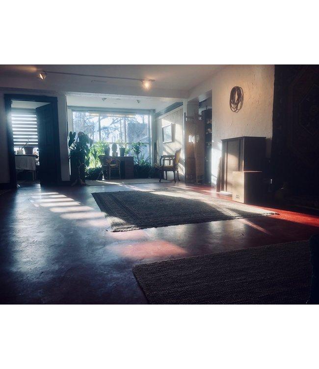 Lotus Lounge 1 hour booking Deposit