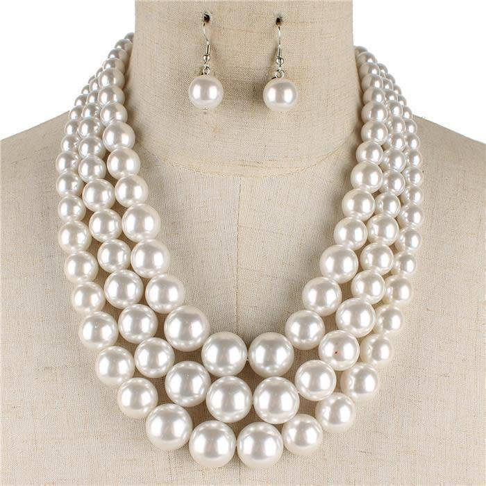 Layered Pearl Necklace Set