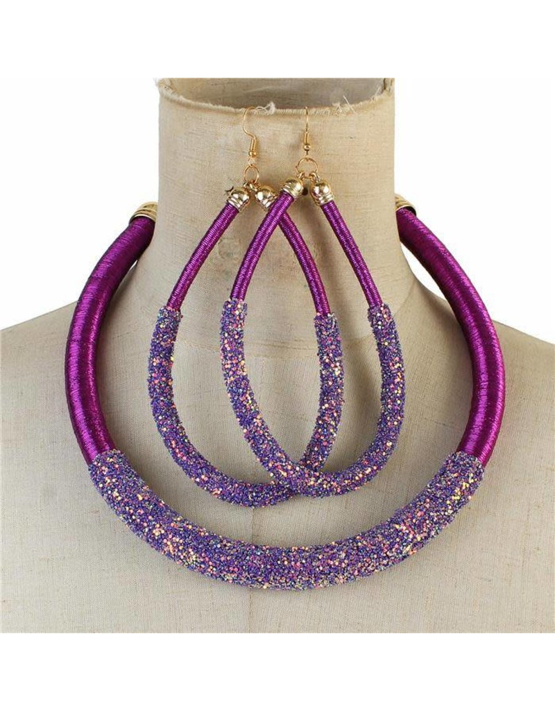 Glitters Below Necklace Set