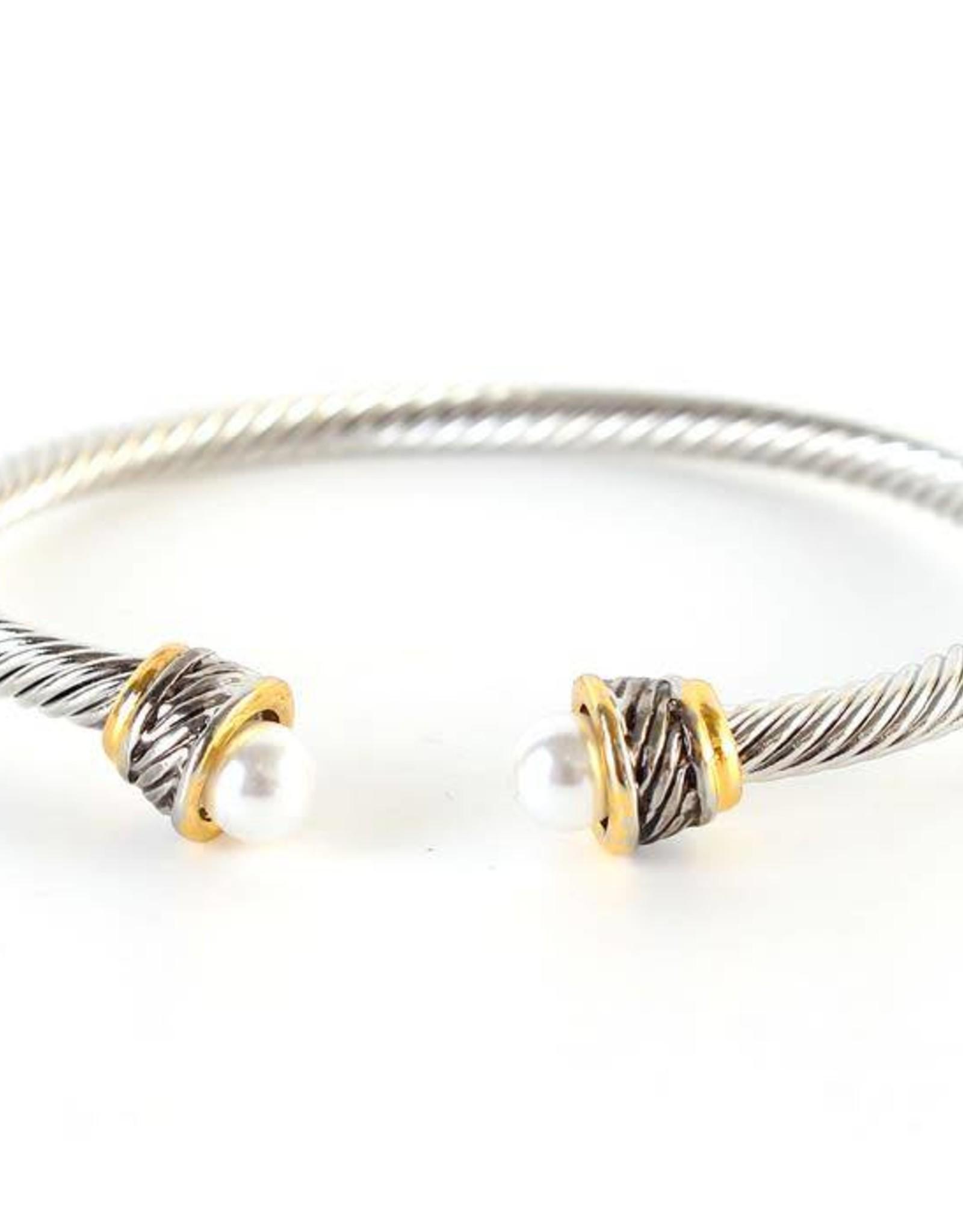 Cable Pearl Cuff