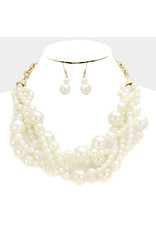 Pearl Pride Necklace Set