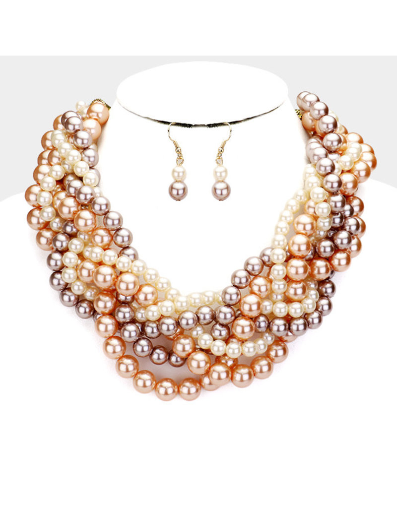 Trapped Beauty Pearl Necklace Set
