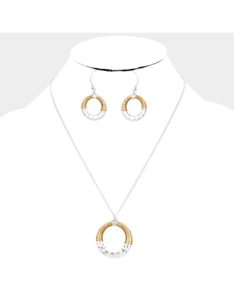 Circle Spin Necklace Set