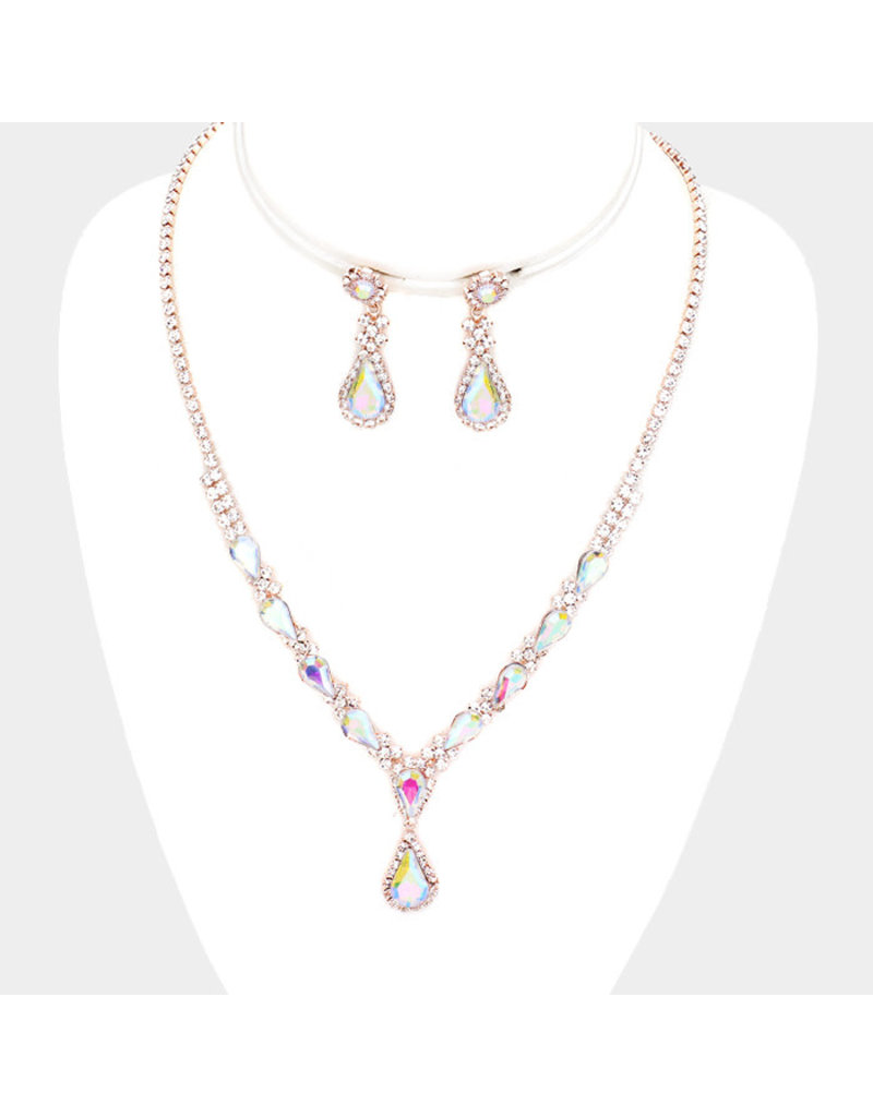 Barely Glam Necklace Set