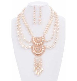 Vintage Feel Pearl Necklace Set