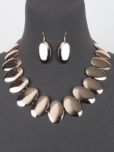 True Reflection Necklace Set