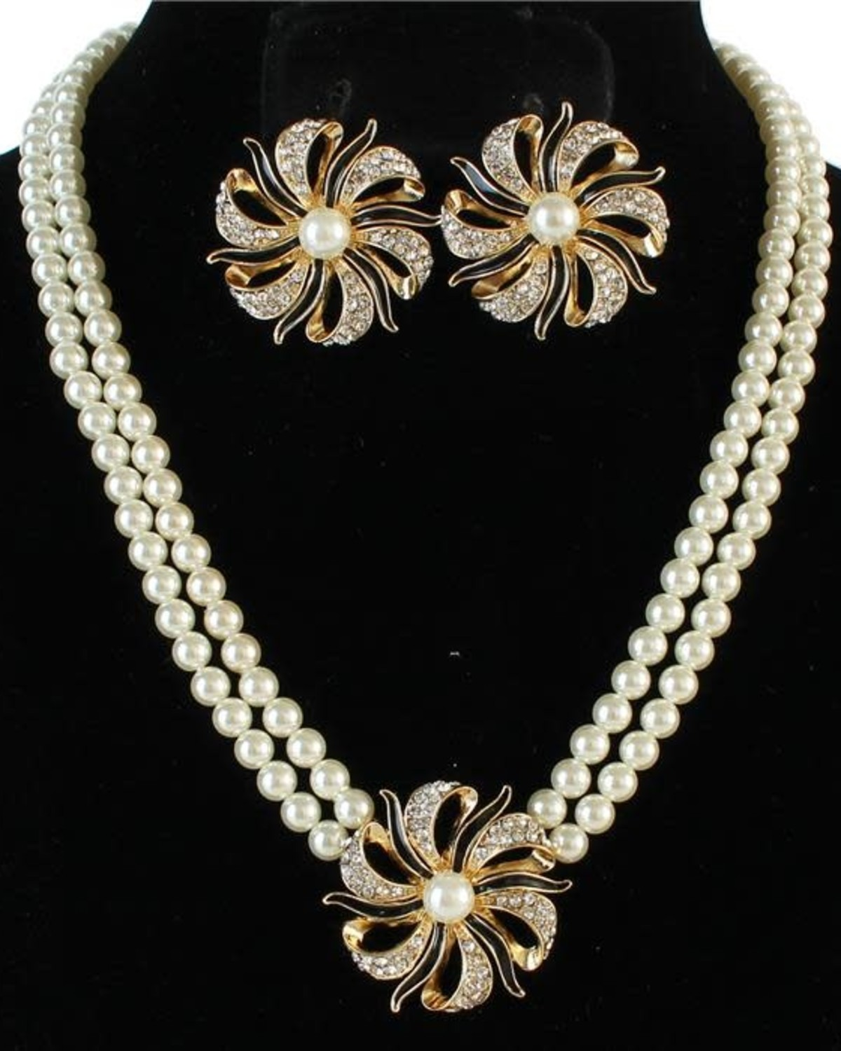 Over The Wave Pearl Necklace Set