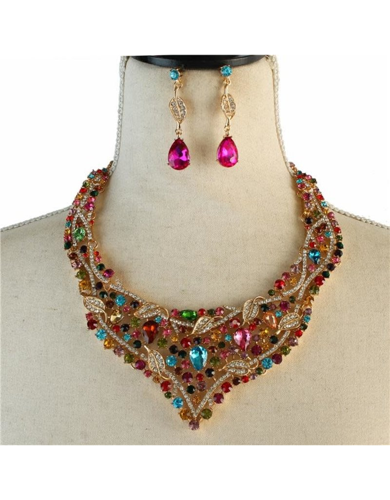 Leaves Of Crystal Necklace Set