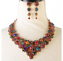 Popping Pieces Necklace Set