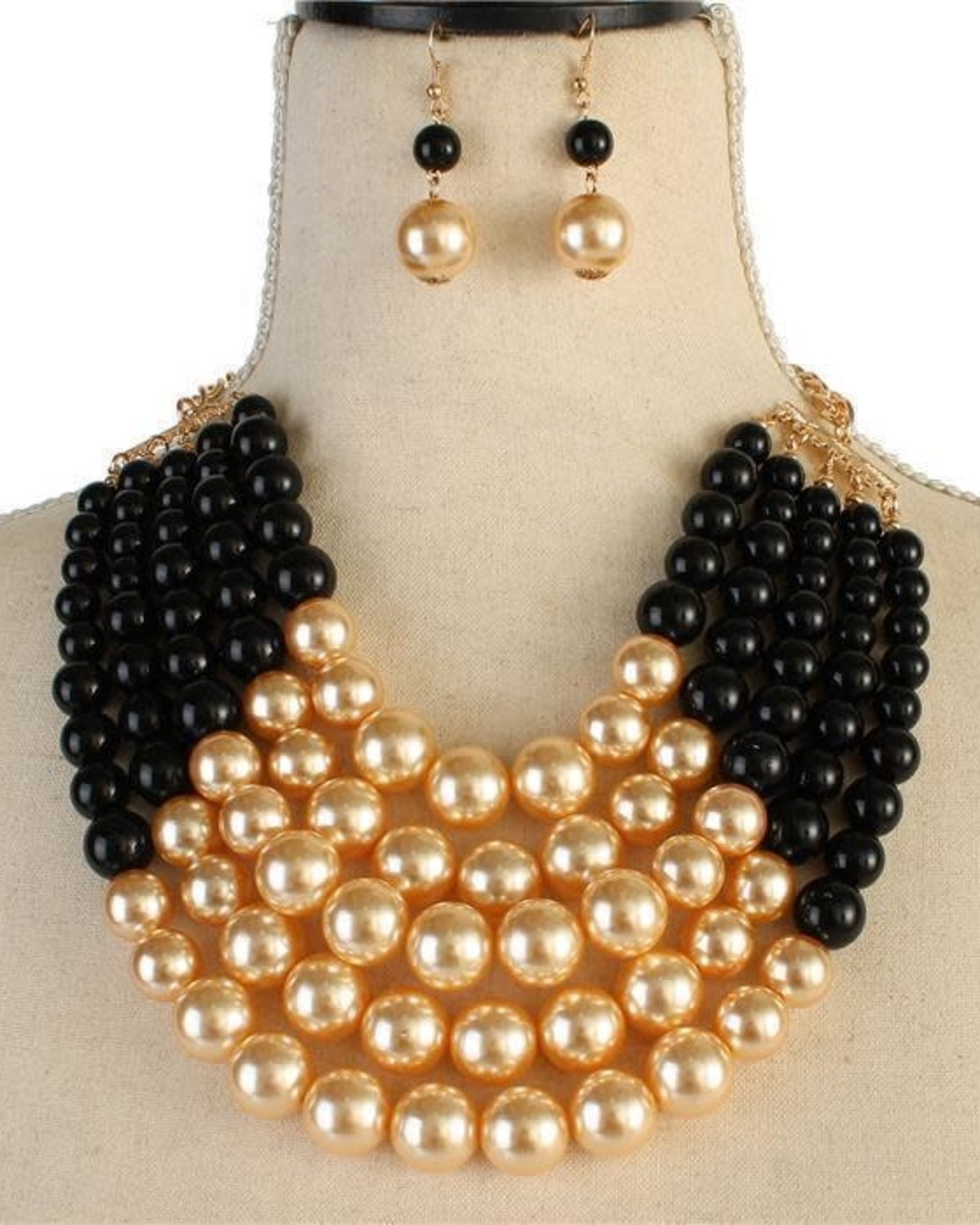Lucky Lady Pearl Necklace Set