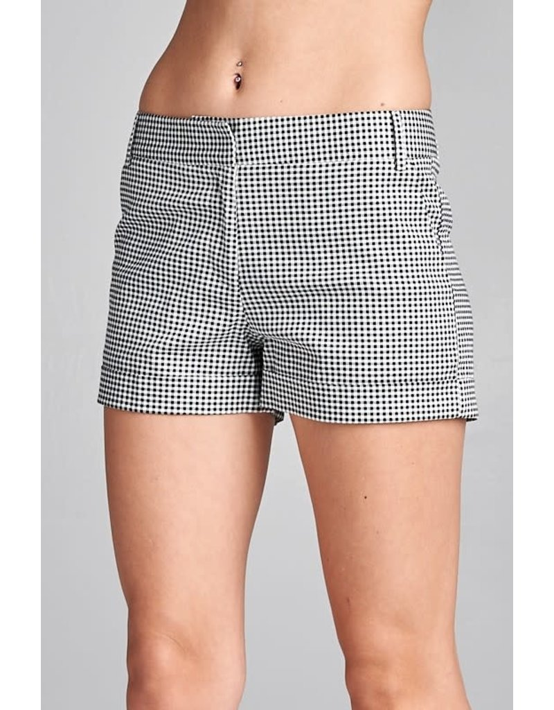 Follow Me Checkered Shorts Black