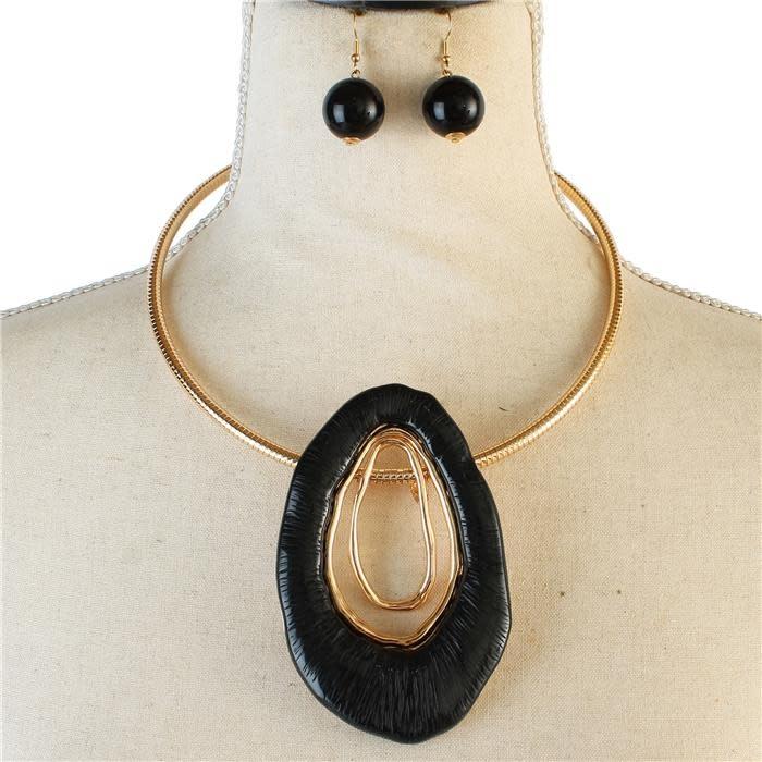 Big Oh Necklace Set