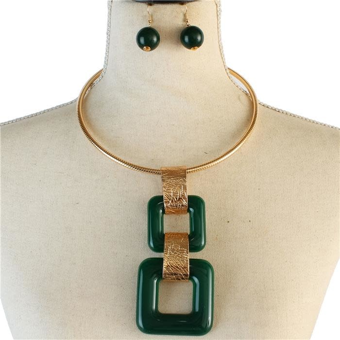 Box Me In Necklace Set